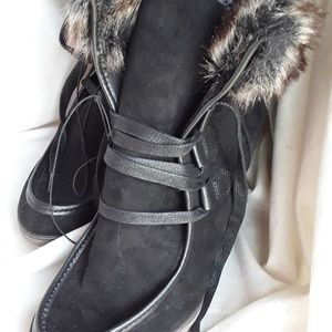 Black Suede Wedge Winter Boot w/Faux Fur Trim 8